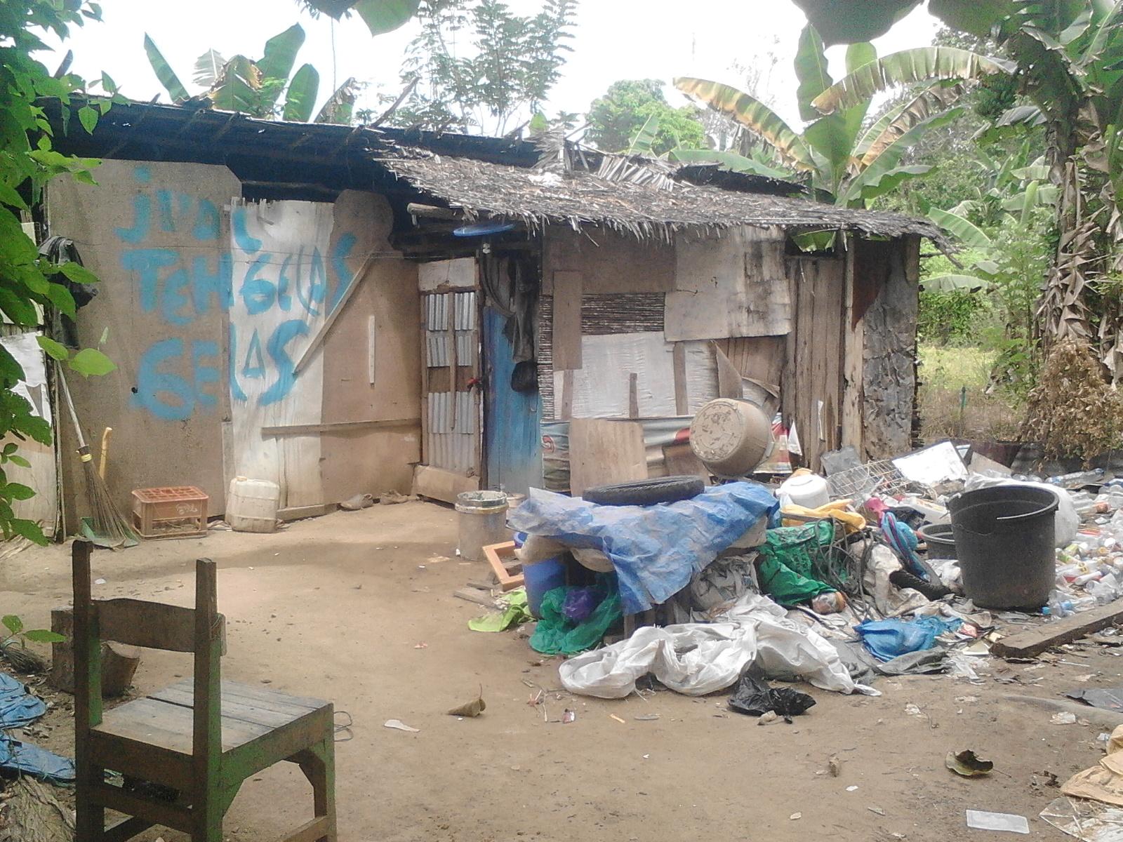 Rumah kakek Nurhadi di Kelurahan Ambekairi, Kecamatan Unaaha. Hanya berjarak 100 Meter dari kompleks Rujab pejabat Kabupaten Konawe