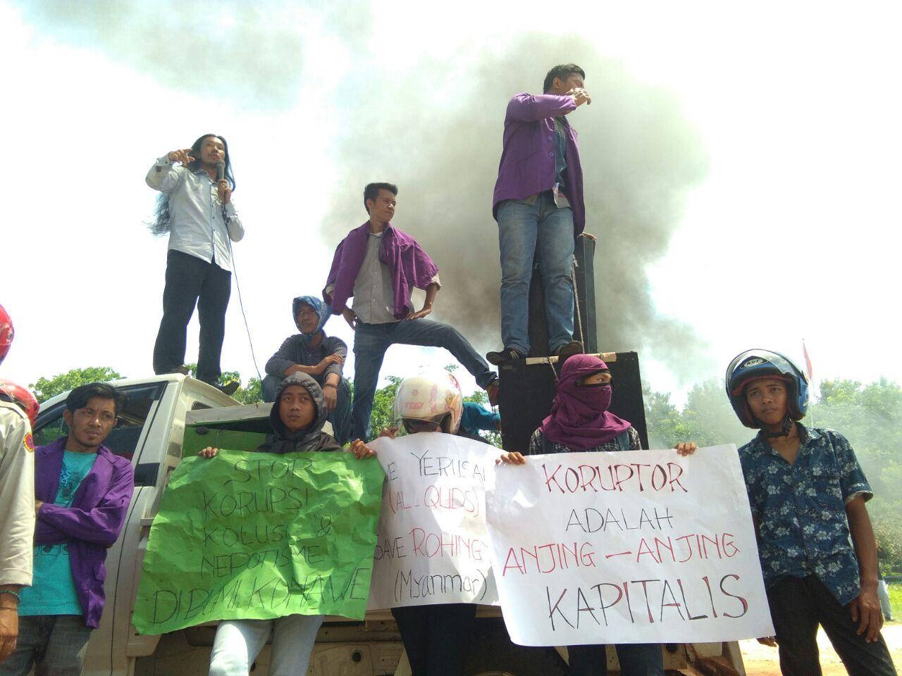 Demo Mahasiswa Unilaki