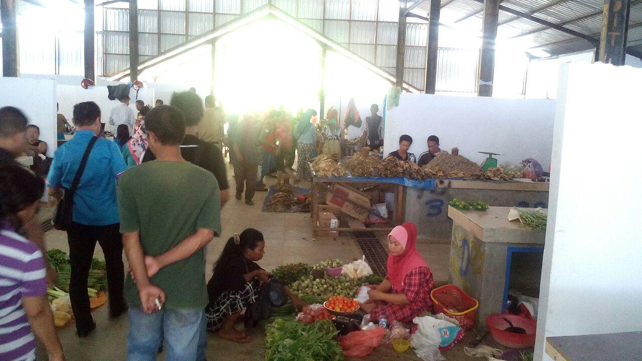 Kunjungan Komisi II DPRD Konawe ke Pasar Sampara