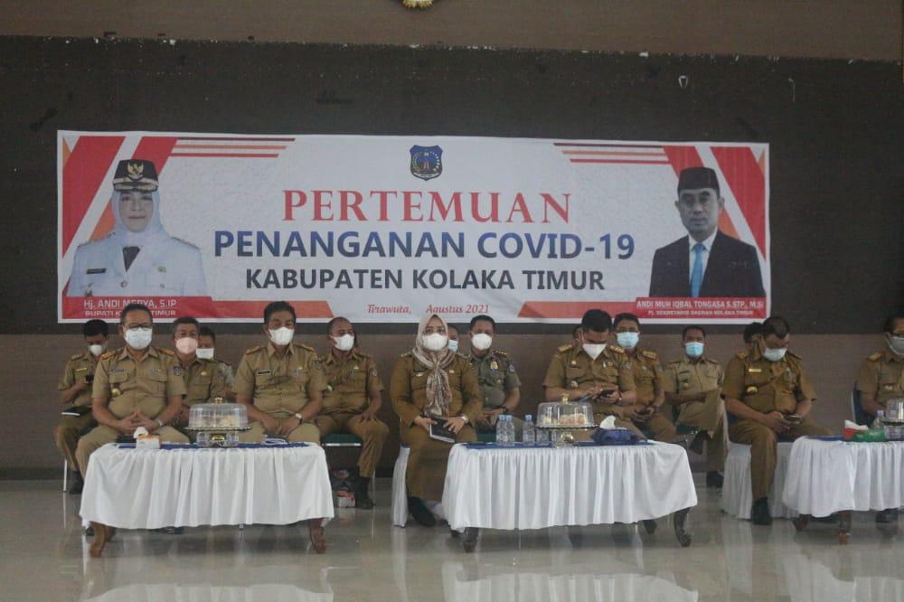 Foto: Iwal/Kabaranoa.id Ketgam. Suasana rapat penanganan Covid-19, diikuti Kades dan lurah se Koltim.