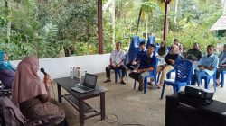 Tim Pendampingan Usaha Produksi dan Pemasaran Pupuk Organik Cair (POC) Berbasis Urin Manusia pada Kelompok Usaha Rajawali